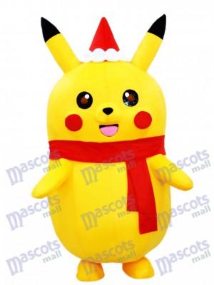 Pikachu Pokemon Pokémon Maskottchen Kostüm mit Weihnachtsmütze und rotem Schal pikachu maskottchen kostuem
