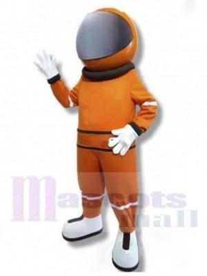Astronaut Maskottchen Kostüm im orangen Raumanzug Menschen