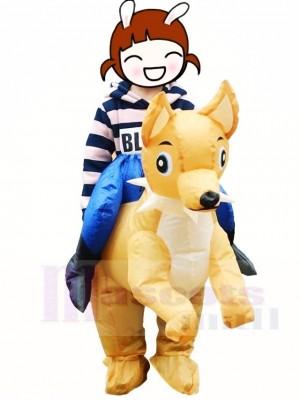 Fahrt mit dem Hund Aufblasbar Tragen Sie mich Maskottchen Kostüme Weihnachten Party für Kinder