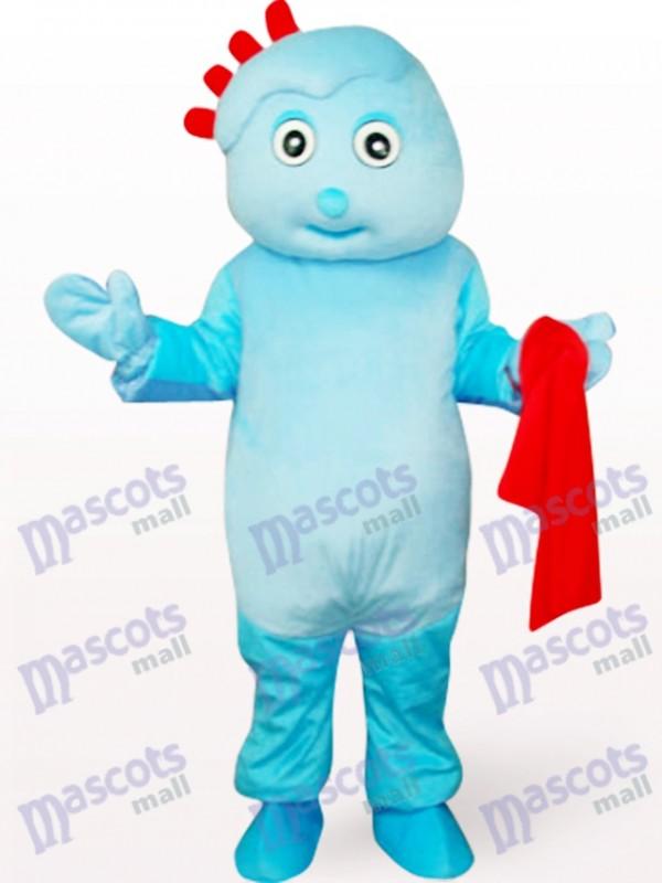 Netter Junge im Blau kleidet Maskottchen Kostüm